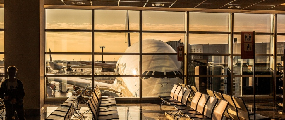 The Small Trick That Will Save You Big Bucks on Plane Tickets